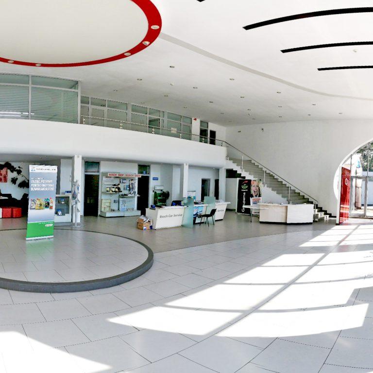 Interior Antares Motors